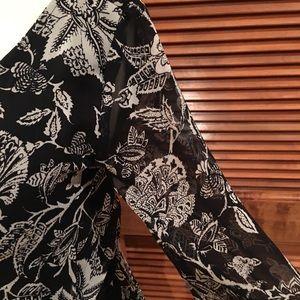 Lush Shorts - Adorable black & white romper w/sheer sleeves